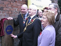 Photo 2.  The Mayor of Oldham unveils the plaque.  Photo Tony Young