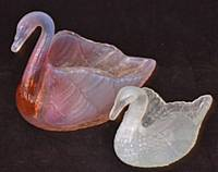 Manchester Glass - Burtles Tates swans registered in 1885