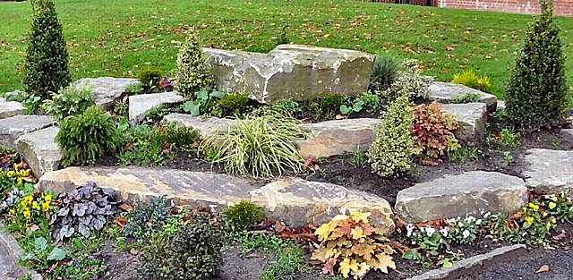 Rochdale news news headlines rockery remembers heywood for Garden design ideas rockery