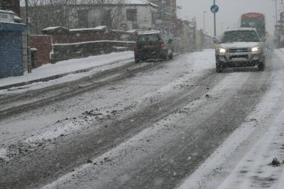 Bus operators are starting to report of changes and delays to some bus services in Greater Manchester because of the overnight snow showers.
