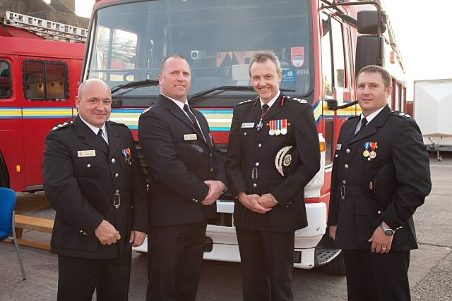 fire service medals how to wear