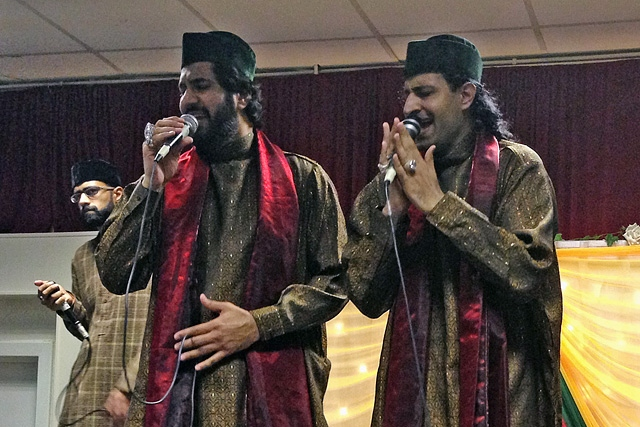 Qari Waheed Chishti and band