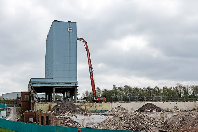 Dunlop Tower being demolished in 2014