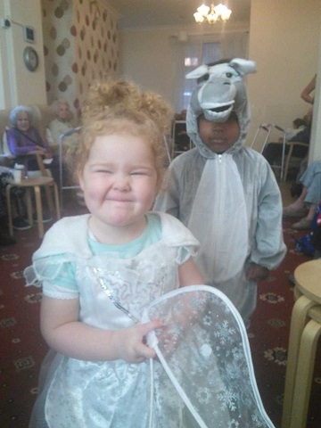 Fisherfield Nativity Play for Half Acre House Nursing Home