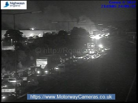 M62 closed due to vehicle fire