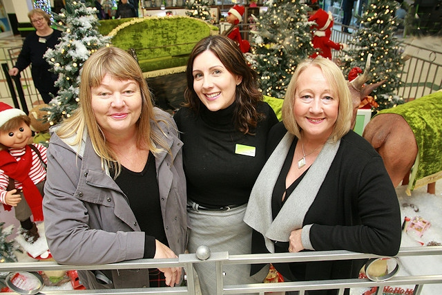 Rochdale Exchange supported Rochdale Connections Trust through its Santa�s Grotto in 2017