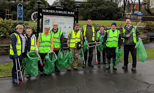 Volunteers for The Friends of Norden Jubilee Park's Great British Spring Clean 2018