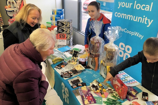 Guides took part in a Fairtrade chocolate tasting event