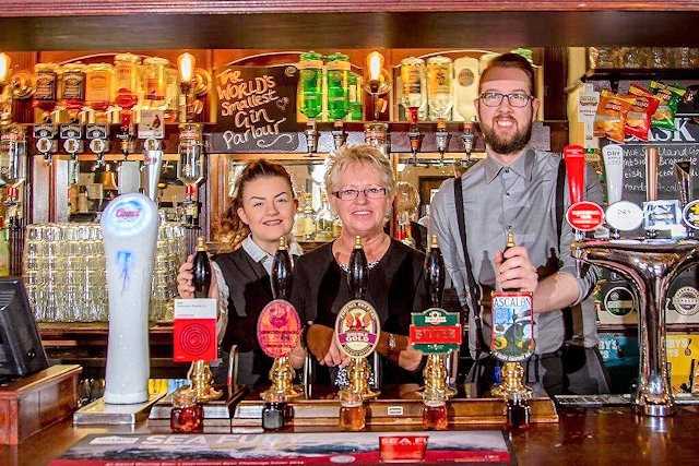 The Flying Horse once again named CAMRA's Best Pub of the Year for 2018