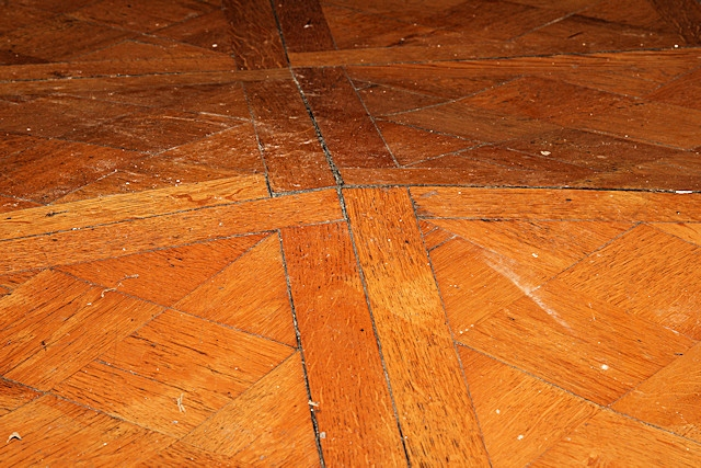 Damage to the parquet flooring