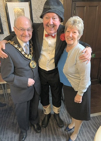 Mayor Billy Sheerin with comedian Jimmy Cricket and Mayor's attendant Dorothy Johnstone