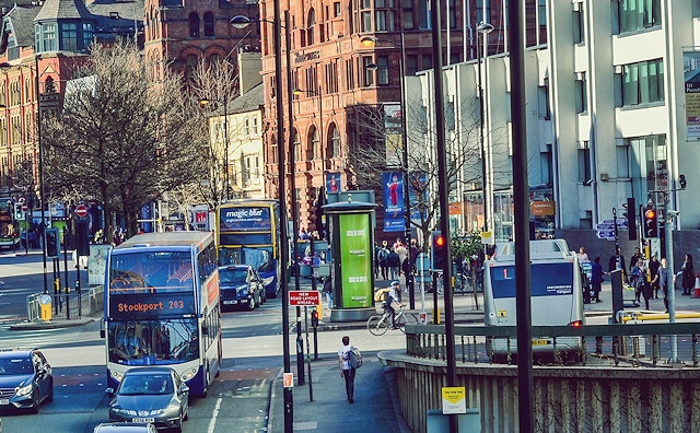 Buses will be charged to drive in and around Greater Manchester from 2021