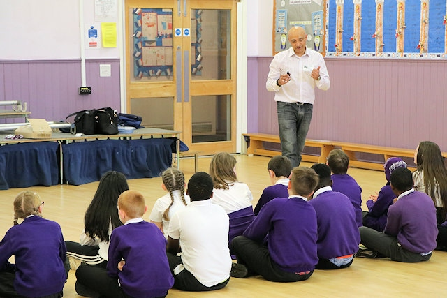 Fida Hussain with Sandbrook Primary School pupils learn what to do in a medical emergency