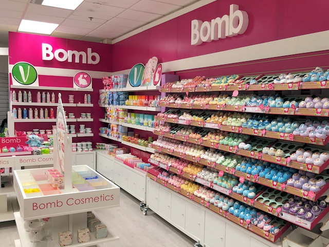 Fizz Bomb's new shop in the Wheatsheaf Shopping Centre