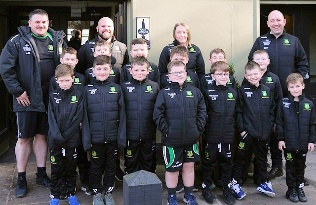 Littleborough Rugby Union Under 9s with their new jackets from sponsor The Beach Carvery