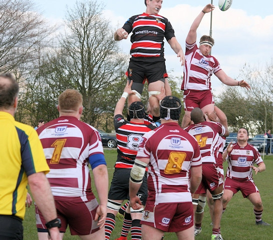 Andrew Foster wins the lineout