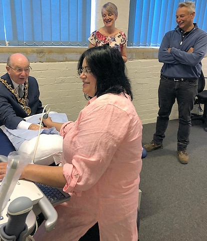 Mayor Billy Sheerin is given an ultrasound at Medical Scans Limited