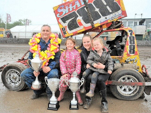 Littleborough stock car driver, Stephen Mallinson, retains his European title