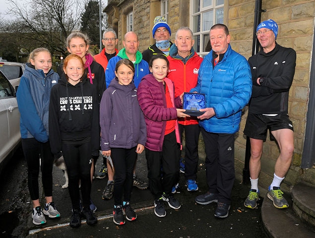 Andy O'Sullivan (third from right) at the Ian Holloway 5k - photo by Steve Bateson, Running Pix