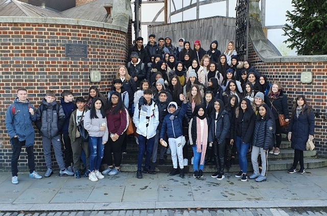 Year 10 students from Kingsway Park High School