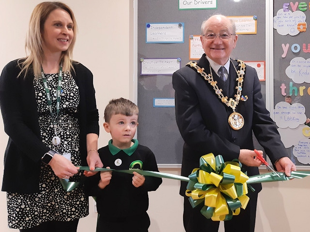 Mayor Billy Sheerin opened a new space at Shawclough Primary School
