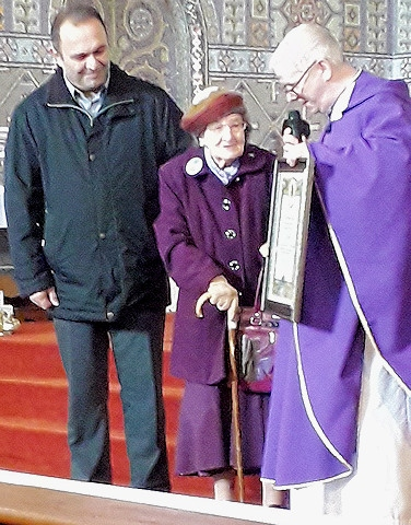 Helen Dwyer received a Papal Blessing from Rome for her 100th birthday