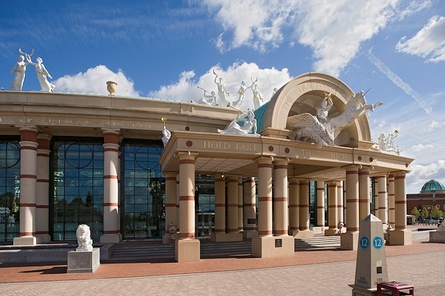 Trafford centre at risk as Intu 'likely' to appoint administrators