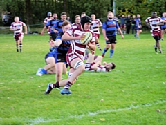 Chris Hodgkinson on the attack - Rochdale RUFC