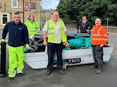 Volunteers met up to tackle local litter hotspots in Norden