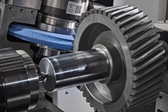 The new precision gear grinding centre, designed to be more efficient and accurate in production of specialised gears and tooth forms, uses Siemens� Sinumerik ONE CNC software